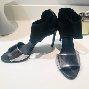 VINCE Beautiful Heels LIKE NEW Size 9 Worn Once